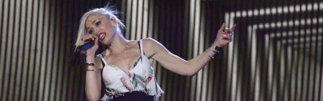 Gwen Stefani RIRUSA - Photo © 2015 Donna Balancia