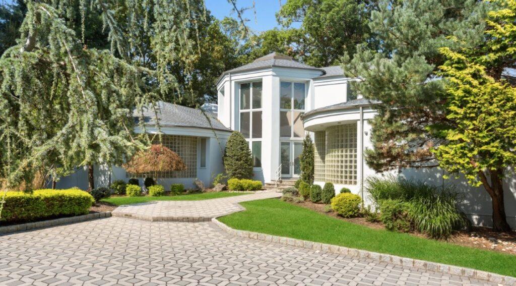 Gloria Gaynor's New Jersey Mansion - Elliman photo